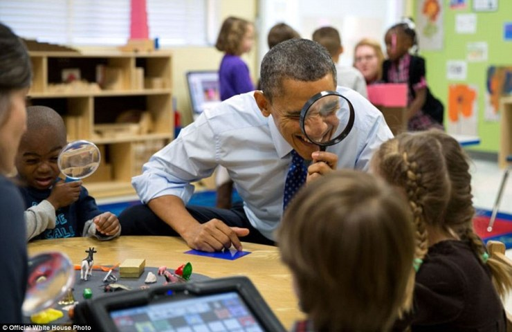 3a3f919500000578-3926100-february_14_2013_the_president_genuinely_enjoys_being_with_kids_-a-1_1478871702995